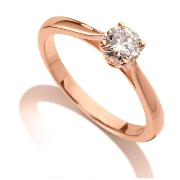 טבעת אירוסין קלאסית משובצת יהלום