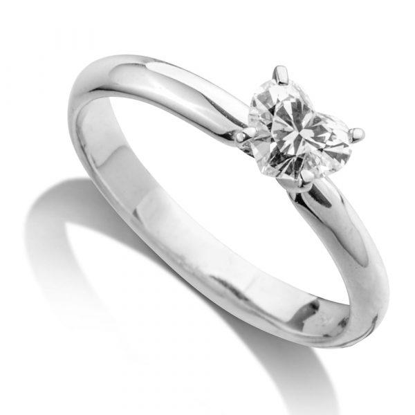 טבעת אירוסין סוליטר יהלום בודד
