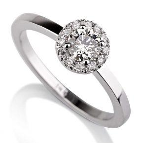 טבעת אירוסין בשיבוץ פאבה