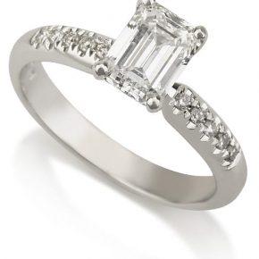 טבעת אמרלד AJR537