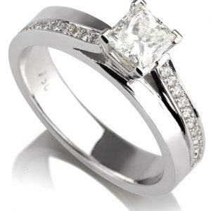 טבעת אירוסין פרינסס AJR552