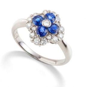 טבעת ספיר יהלומים משובצת אבני חן