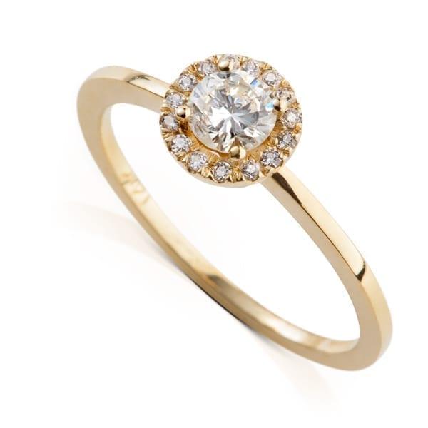 טבעת אירוסין בעיצוב היילו