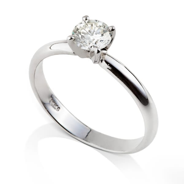 טבעת אירוסין סוליטר שיבוץ מרכזי