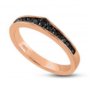 טבעת יהלומים שחורים מעוצבת