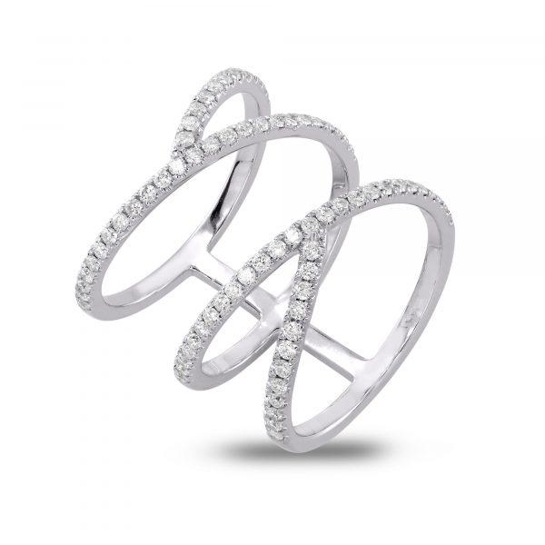טבעת יהלומים משובצת 75 יהלומים