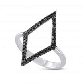טבעת יהלום שחור