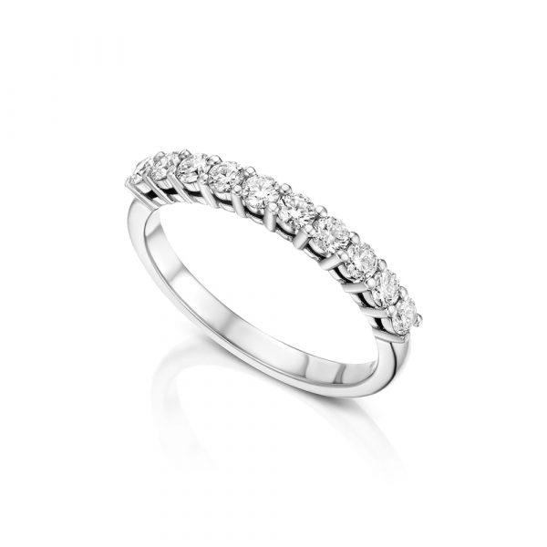 טבעת איטרניטי יהלומים חצי משובצת