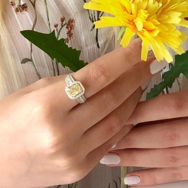 טבעת יהלום FANCY YELLOW
