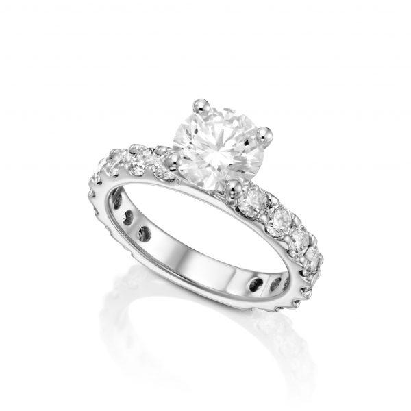 טבעת יהלום מרכזי איטרניטי