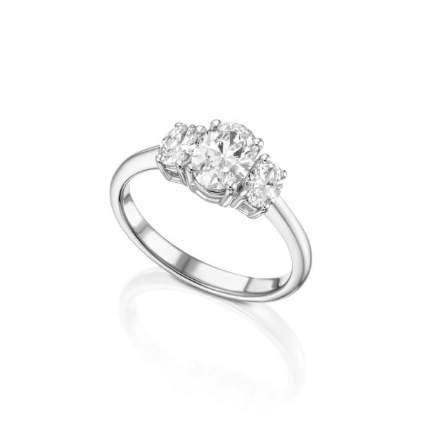 טבעת 3 אובלים יהלומים