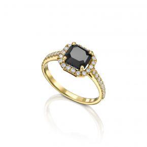 טבעת יהלומים שחור מרובע