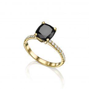 טבעת זהב צהוב בשיבוץ יהלום שחור