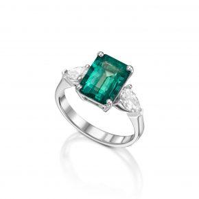 טבעת אמרלד טבעית בשילוב יהלומי טיפה